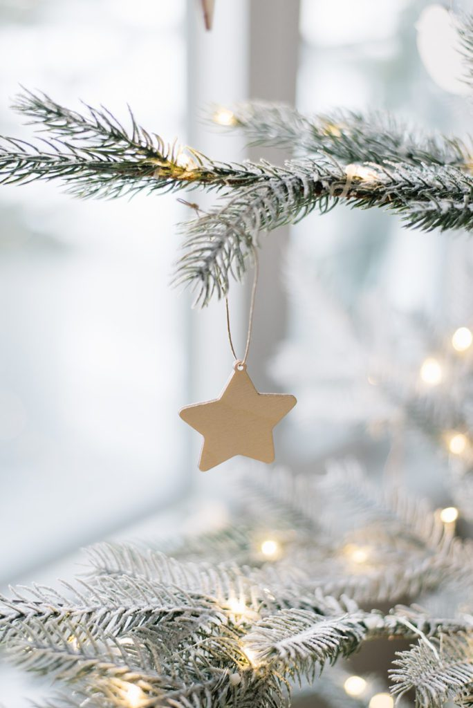 Keeping it simple with these wooden ornaments from Pi\'lo for The Ginger Home Christmas
