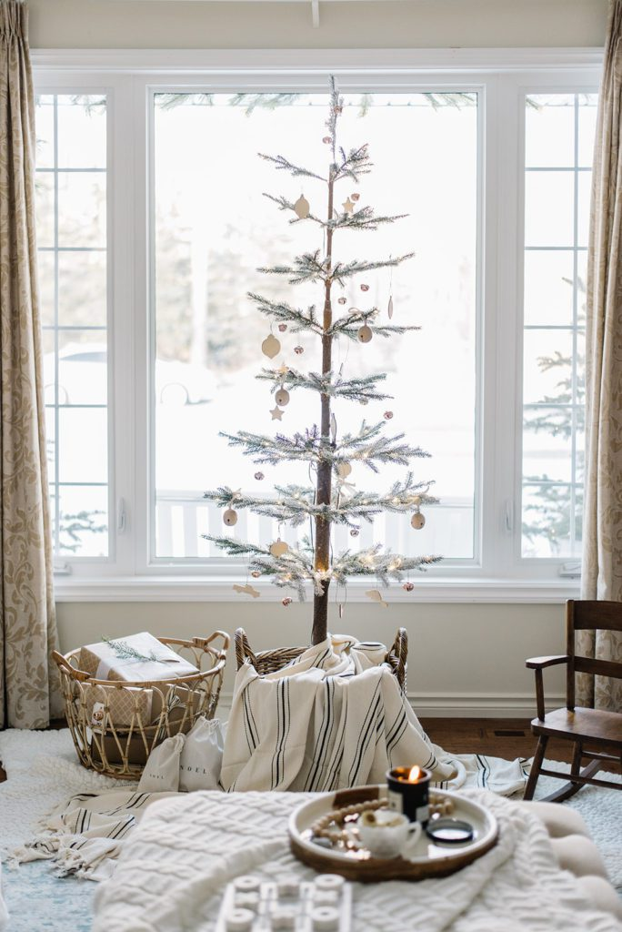 A Simple Christmas Tree by The Ginger Home