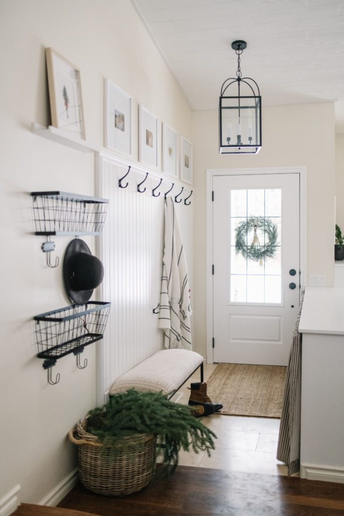A minimal and modern entryway