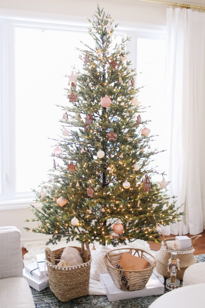 Delicate Christmas tree with pink and white ornaments